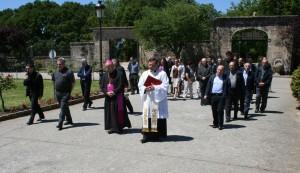 Recto y Obispo