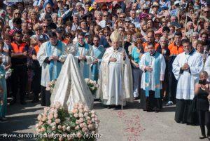 Procesión día de la Virgen